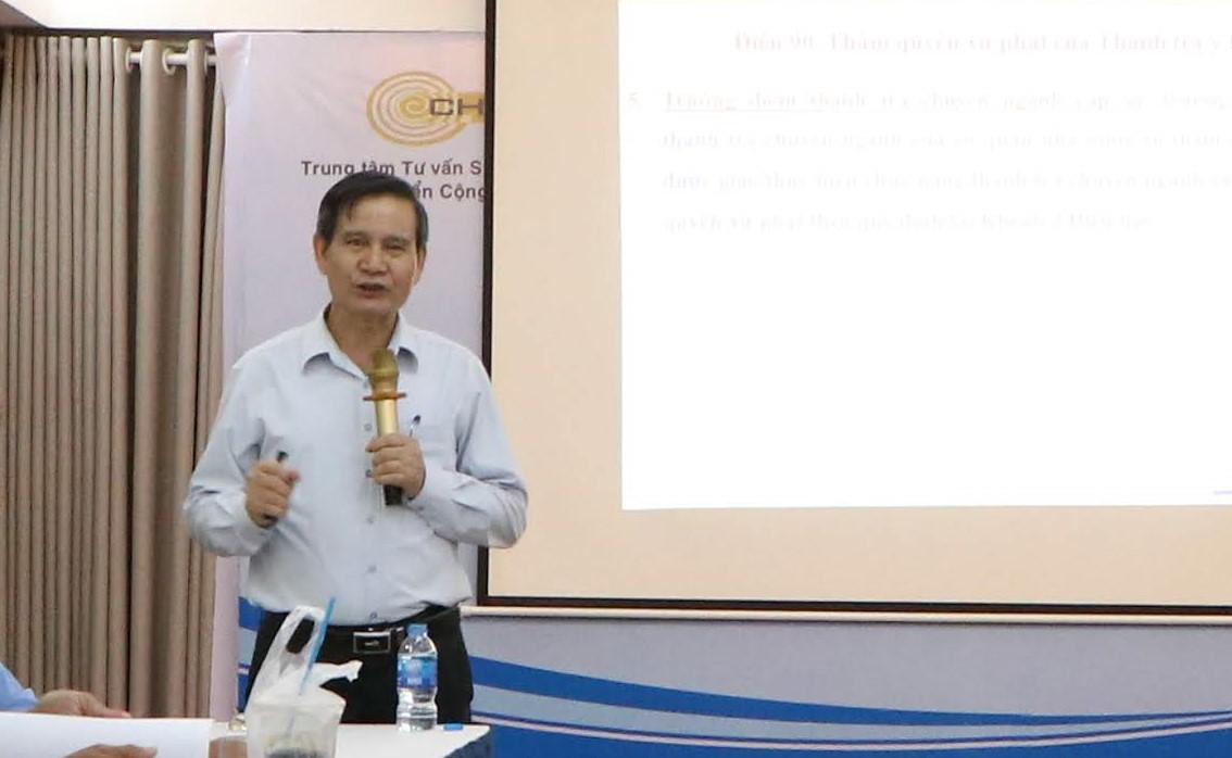 Ảnh 3: Giảng viên lớp tập huấn - Ông Nguyễn Văn Nhiên, Phó Chánh thanh tra, Bộ Y tế