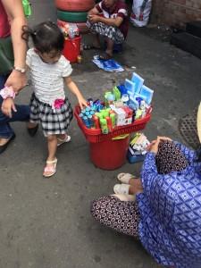 Thực trạng bán và hút thuốc lá tại các bến xe công cộng ở Thành phố HCM