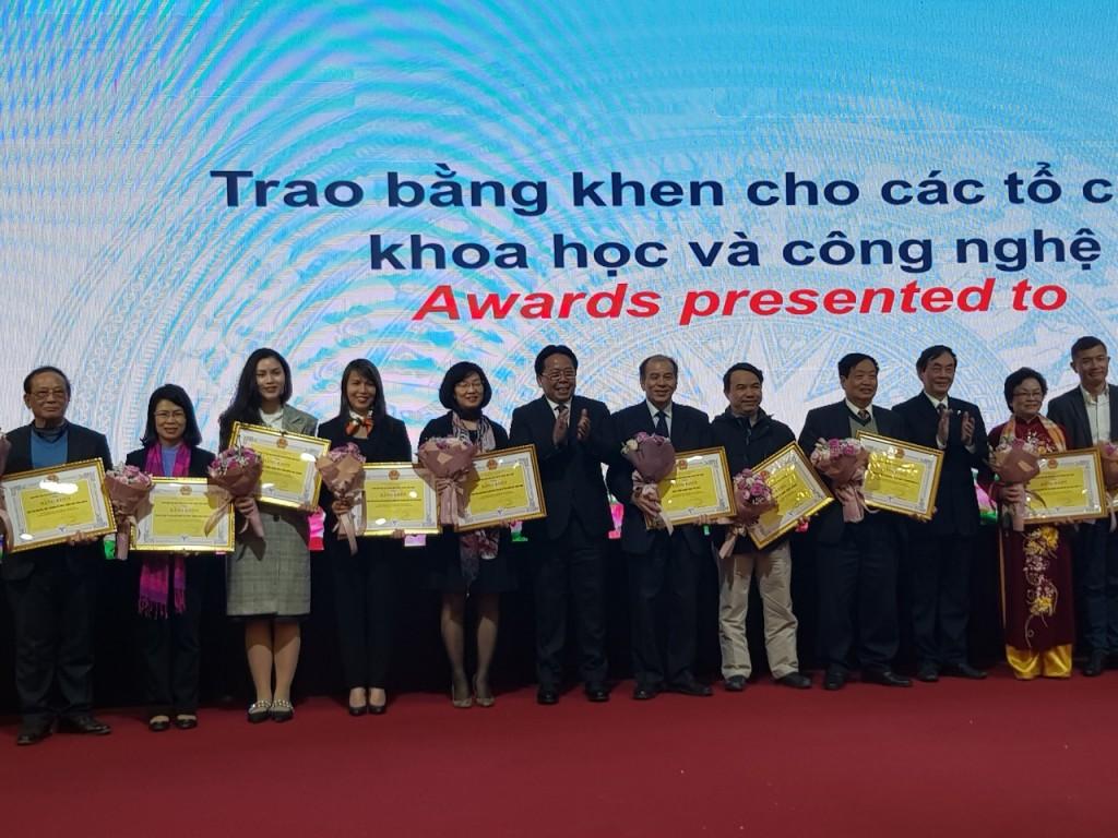 Trung tâm CHD nhận bằng khen của Liên hiệp các Hội khoa học và kỹ thuật Việt Nam, 2018-2019
