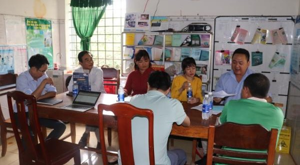 Nhân viên y tế thôn bản – cánh tay đắc lực trong chăm sóc sức khỏe cộng đồng